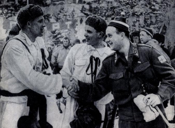 Перед гонкой патрулей, 1958. Крайний слева - Ф. Терентьев